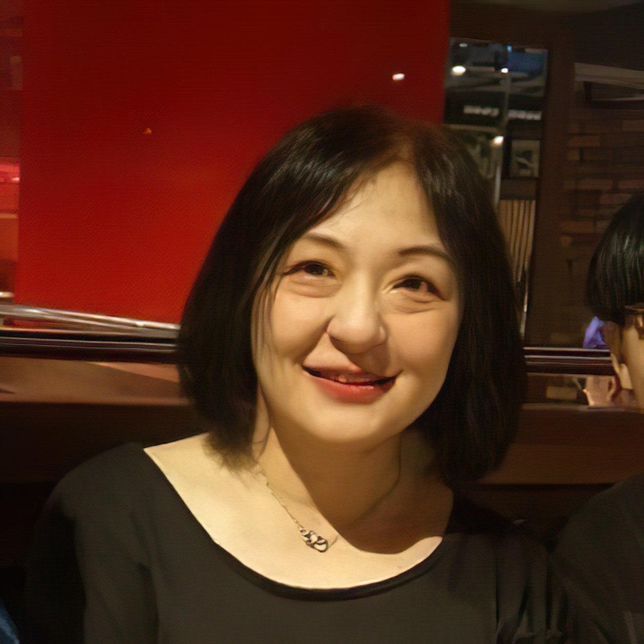 Lo-Ying Wu